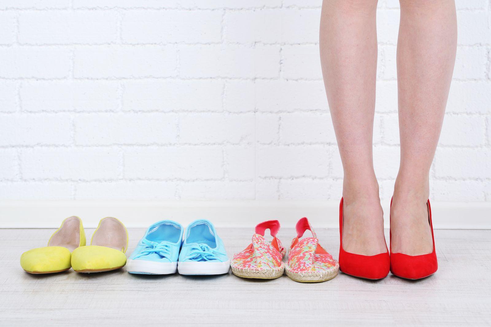 Как сделать мягким задник на туфлях