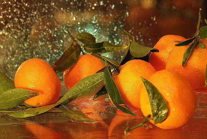 Не выбрасывайте мандариновые корки: получаем 100% пользы.